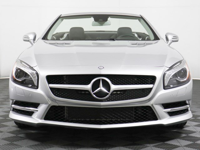 Pre-Owned 2016 Mercedes-Benz SL-Class SL 400