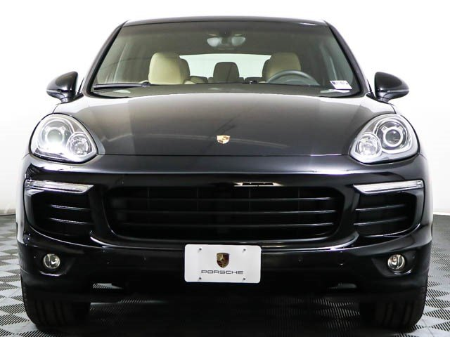 Certified Pre-Owned 2016 Porsche Cayenne