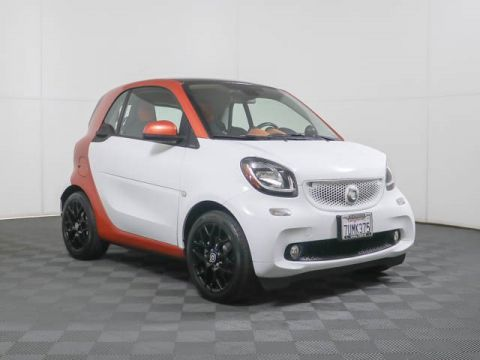 Pre-Owned 2016 smart fortwo Passion